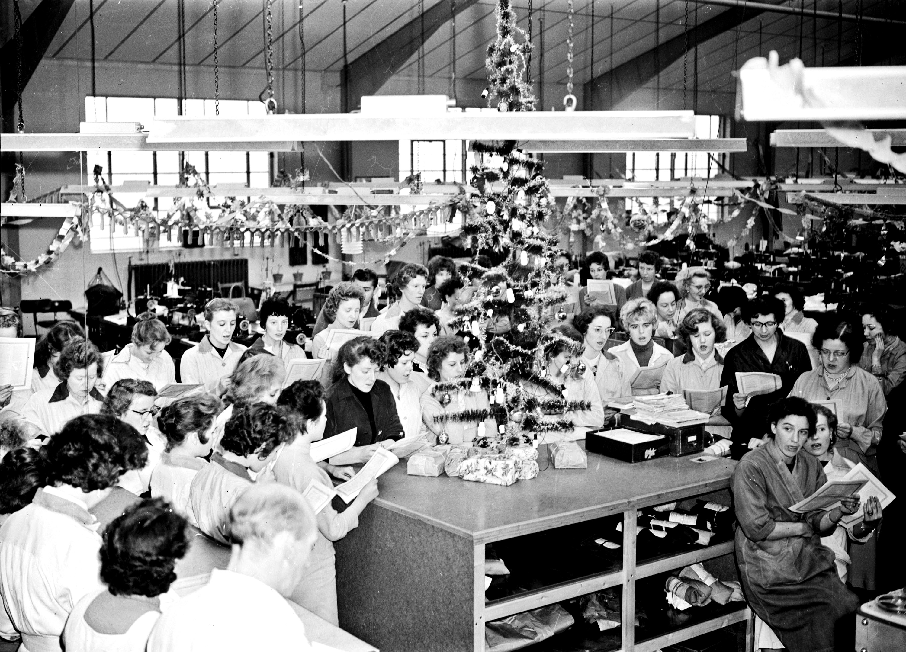 21. 1960 Jan 1st Pinkhams factory Carol singing.